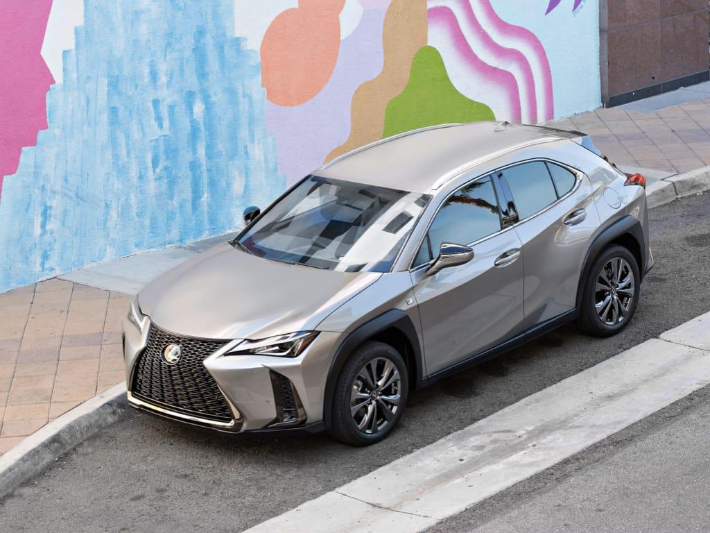 The Newest Lexus UX, pilihan baru bagi para wanita dan urban explorer