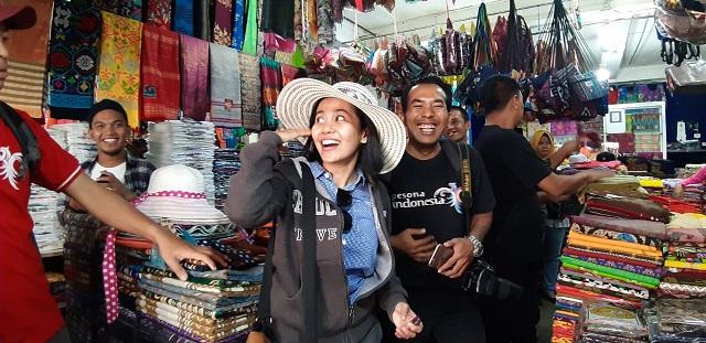 Nikmatnya Berburu Oleh-oleh Murah di Pasar Cakranegara Lombok