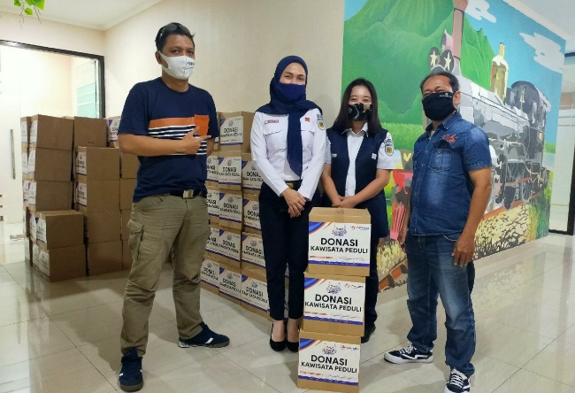 PT Kereta Api Pariwisata Salurkan Donasi Paket Sembako dan APD Dalam Program Kawisata Peduli